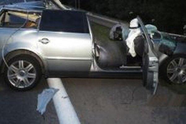 Pri nehode vznikla škoda za predbežne 7 100 eur.