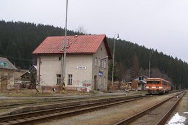 Cestovanie na trati Čadca – Makov sa možno stane minulosťou.