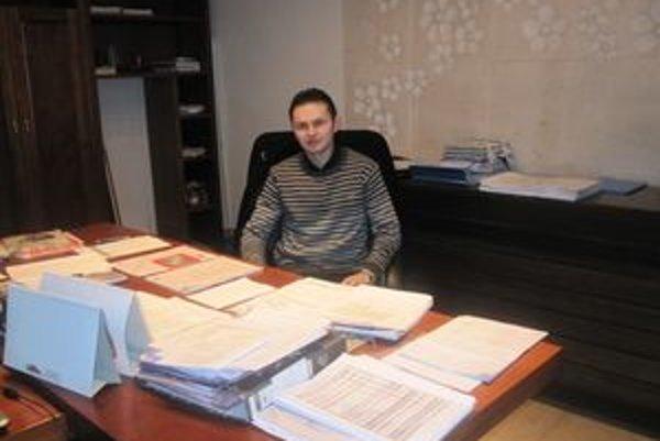 Jozef Balačin chce počas svojho starostovania podať pomocnú ruku mladým.