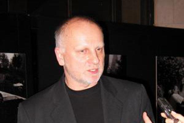 Nový generálny riaditeľ SND Ondrej Šoth tvrdí, že mu ide iba o divadlo a nikoho nechce očierňovať.