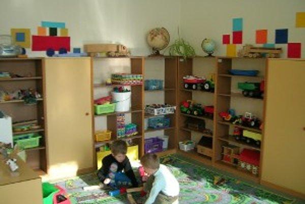 Materské školy. Niektoré z nich ostanú aj počas prázdnin otvorené.