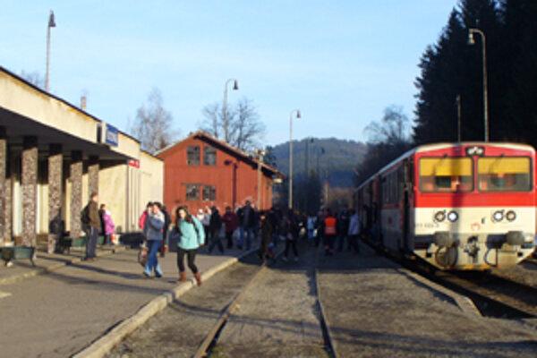 Ohrozená je aj regionálna trať Čadca – Makov.