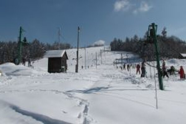 V uplynulých sezónach prichádzali do Skalitého stovky lyžiarov.