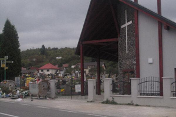 Cintorín v Krásne má v súčasnosti k dispozícii už len pár hrobových miest.