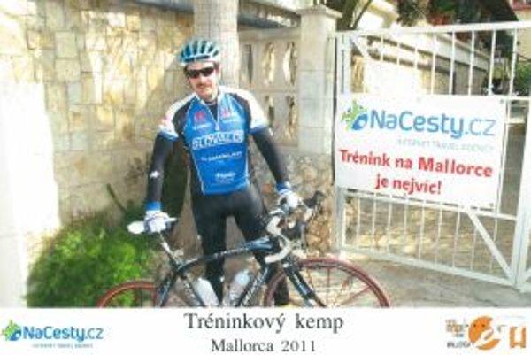Peter Szeghy si s  bicyklom  mimoriadne dobre rozumie. Sústredenia pravidelne absolvuje na Malorke.