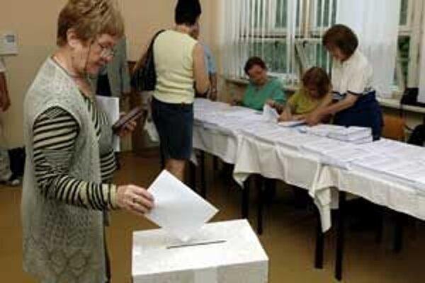 Obce a mestá sa budú musieť budúci rok opäť popasovať s prípravou volieb.