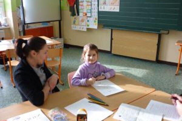 Na zápise zistia, či je dieťa zrelé na nástup do školy.