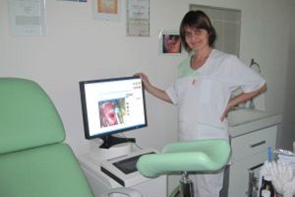 Problematiku pozitívnych gynekologických a mamologických nálezov chodí odborníčka prednášať aj na mnohé celoslovenské a svetové konferencie.