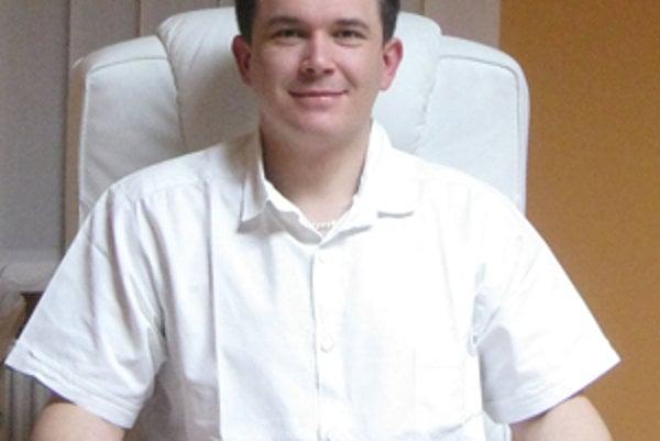 MUDr. Ján Paučin.