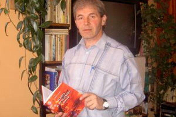 Prozaik Ladislav Hrubý aj vo svojej poslednej knihe ostal verný Kysuciam.