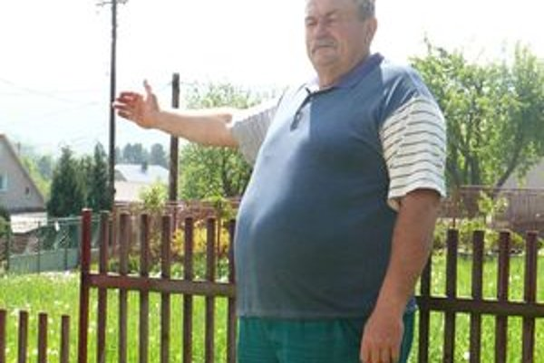 Obyvatelia osady U Juroší sú proti, aby Rómov vysťahovali sem. Nesúhlasí ani Tomáš Masár.