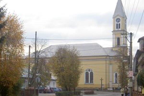 Pešiu zónu plánujú vybudovať aj pred krásňanským kostolom.