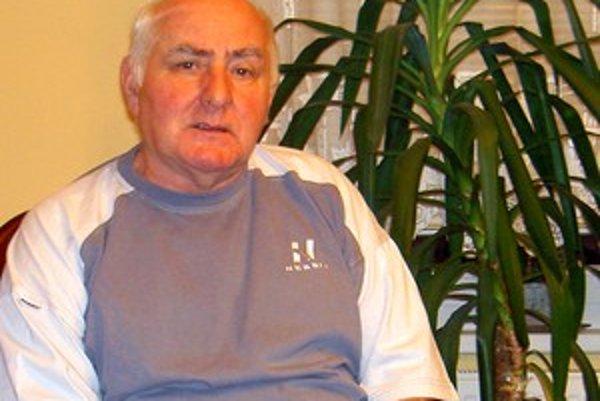 Anton Straka pred dvadsiatimi rokmi stál na čele VPN v Krásne nad Kysucou.
