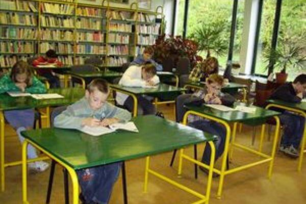 Kysucká knižnica v Čadci je nielen miestom, kde sa dajú vypožičať knihy. Organizuje sa v nej aj mnoho zaujímavých podujatí.