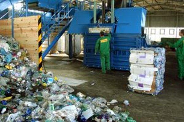 Triedenie odpadu je od 1. januára tohto roka povinnosťou.