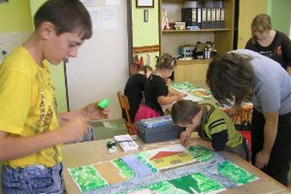 Výtvarná výchova patrí  k predmetom, ktoré patrí u detí k najviac obľúbeným.