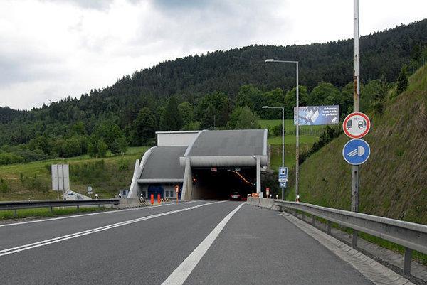 Západný portál tunela Branisko.