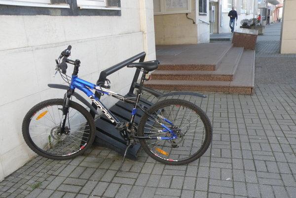 Aj mnohí Prievidžania jazdia do práce na bicykli.