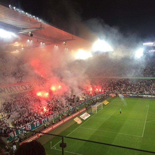 Varšavská Legia je zatiaľ na čele poľskej Ekstraklasy.