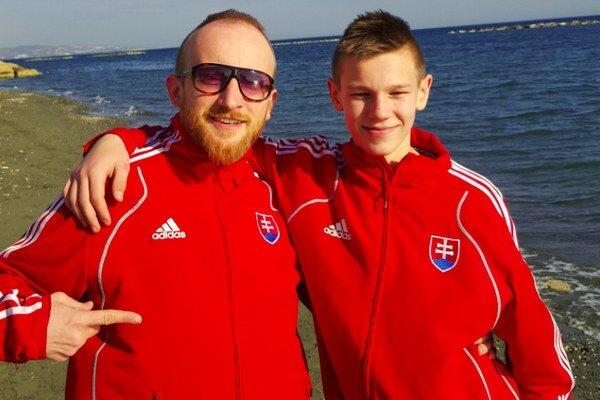Tréner Ján Novosad (vľavo) so svojím zverencom Marekom Pončkom.
