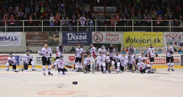 Hokejisti Banskej Bystrice smútia. Druhý rok za sebou vo finále neuspeli.