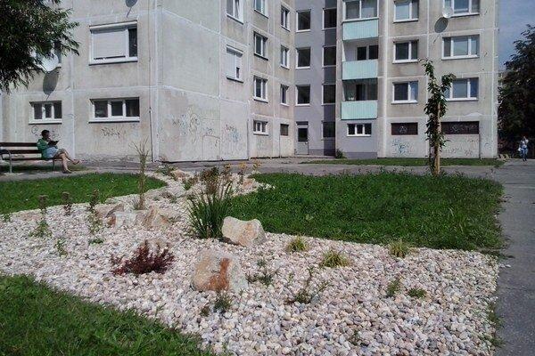 Úprava vnútrobloku na Budatínskej je jednou z obnov verejných priestorov, ktoré si obyvatelia odhlasovali v participatívnom rozpočte.