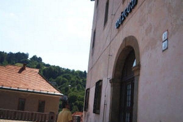 Rozpočtové provizórium samosprávneho kraja ohrozilo chod múzea.