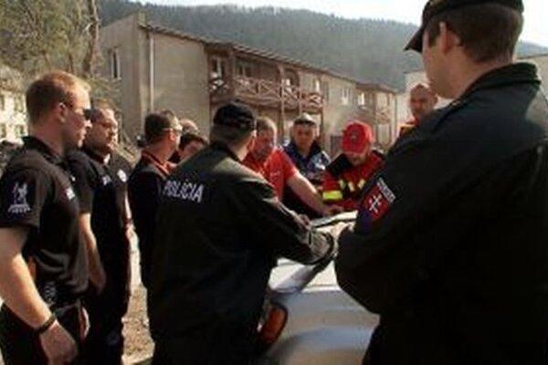 Pacienta dnes hľadali desiatky policajtov, hasiči aj záchranári.