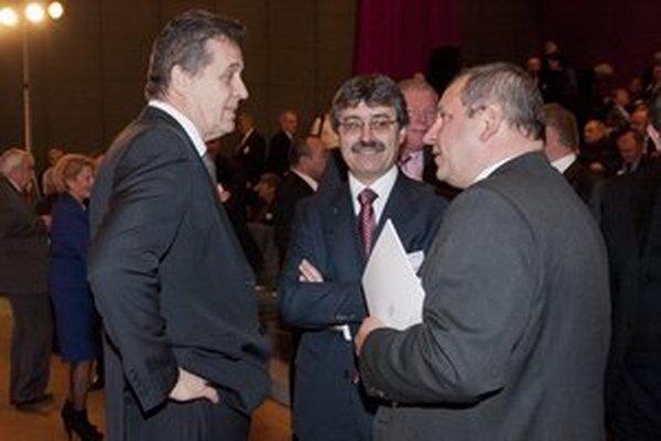 Primátor Nitry Jozef Dvonč, Milan Ftáčnik a primátor Žiliny Igor Choma.