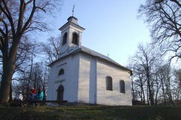 Kostol na novobanskej Kalvárii.