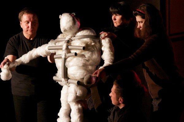 Bezdomovecké divadlá sa raz ročne stretnú na festivale Error.