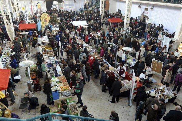 Zimný Dobrý trh v tržnici mal úspech.
