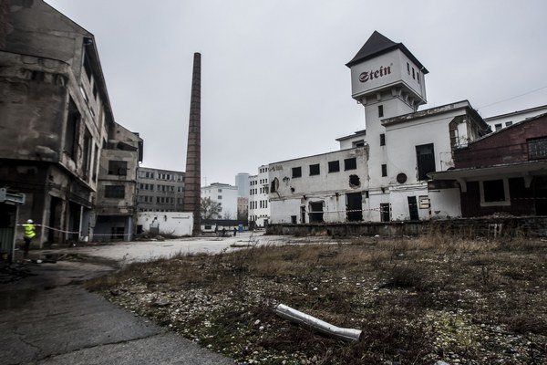 Po vystátí radu ste si v sobotu mohli pozrieť areál bývalého pivovaru Stein.  Ten chcú prestavať, no štyri z objektov boli vyhlásené za piamiatku. Investor sa odvolal.