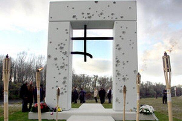 Pamätník Brána slobody pod Devínom.