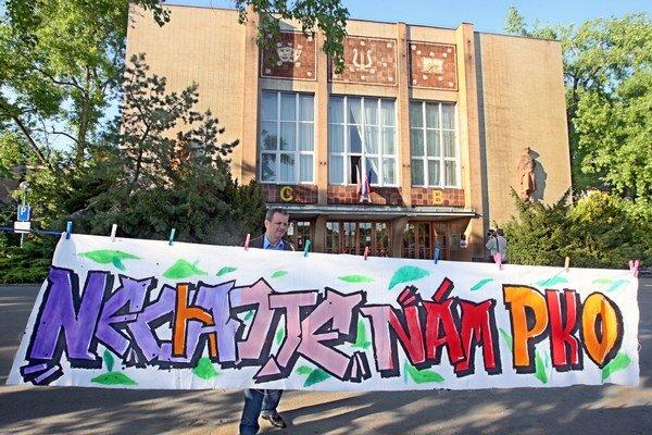 Boj za zachovanie PKO v roku 2009.