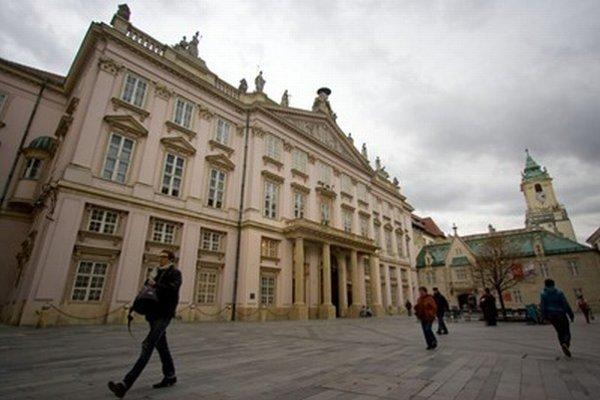 Mestská mediačná kancelária bude v prízemí Primaciálneho paláca.