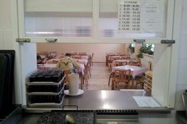 Kuchyňa na ZŠ M. M. Hodžu na Škarniclovej. Podľa Starého Mesta potrebuje investície za 25 tisíc eur.