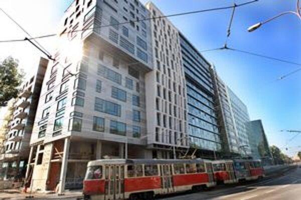 River Park navrhli viaceré kancelárie, Boouda a Masár boli ich koordinátorom.
