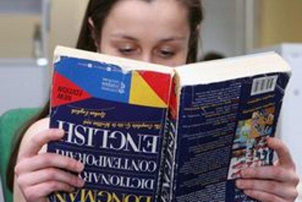 Vyučovanie bude v slovenčine i angličtine.