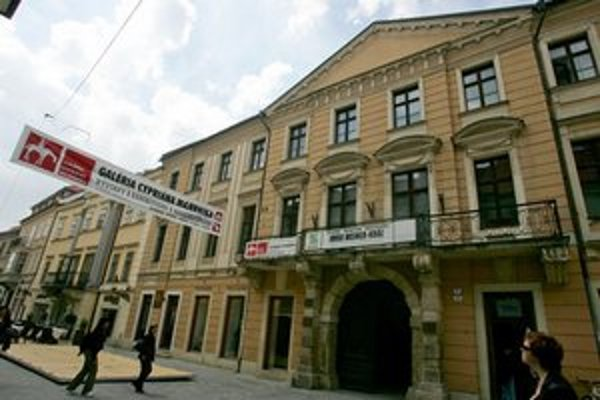 Väčšina koncertov festivalu odznie v Zichyho paláci.