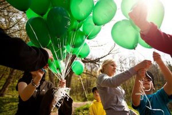 Už 7. ročník podujatia Lesnícke dni 2013 sa konal pri príležitosti Dňa Zeme. Hlavnými témami podujatia boli triedenie odpadu a ochrana životného prostredia, zoznámenie sa s lesnou faunou a flórou a prácou lesníkov, a sadenie stromov v Euroarboréte.