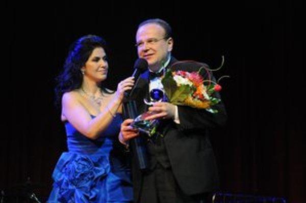 Cenu prebral vedúci Hot Serenaders trumpetista Juraj Bartoš.