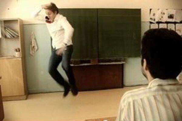 Schooldance propaguje aj Sajfa s Adelou.