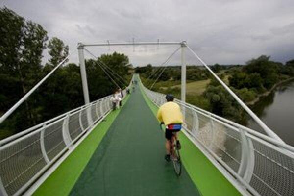 Cyklomost sprístupnili cez víkend.