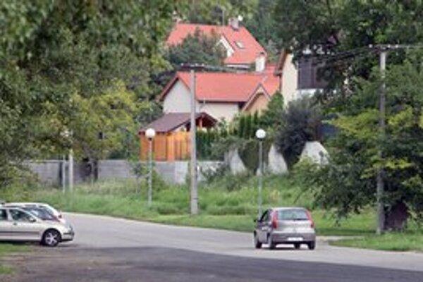 Domy v Devíne zaujímajú zlodejov.