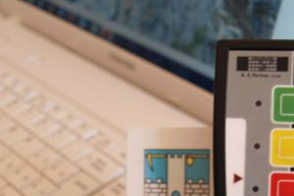 Služobné notebooky majú v regióne zatiaľ iba banskoštiavnickí poslanci.