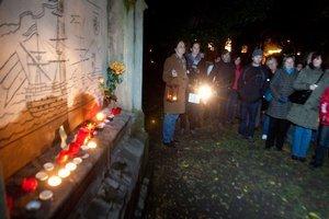 Pri hrobe Bratislavského Robinsona.