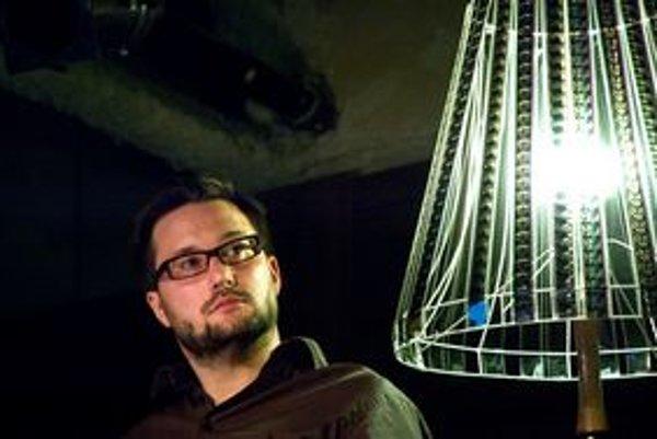 Matúš Vallo,  architekt a autor konceptu Mestské zásahy počas debaty o verejnom priestore a láske k mestu. Založil nové diskusné fórum o Bratislave.