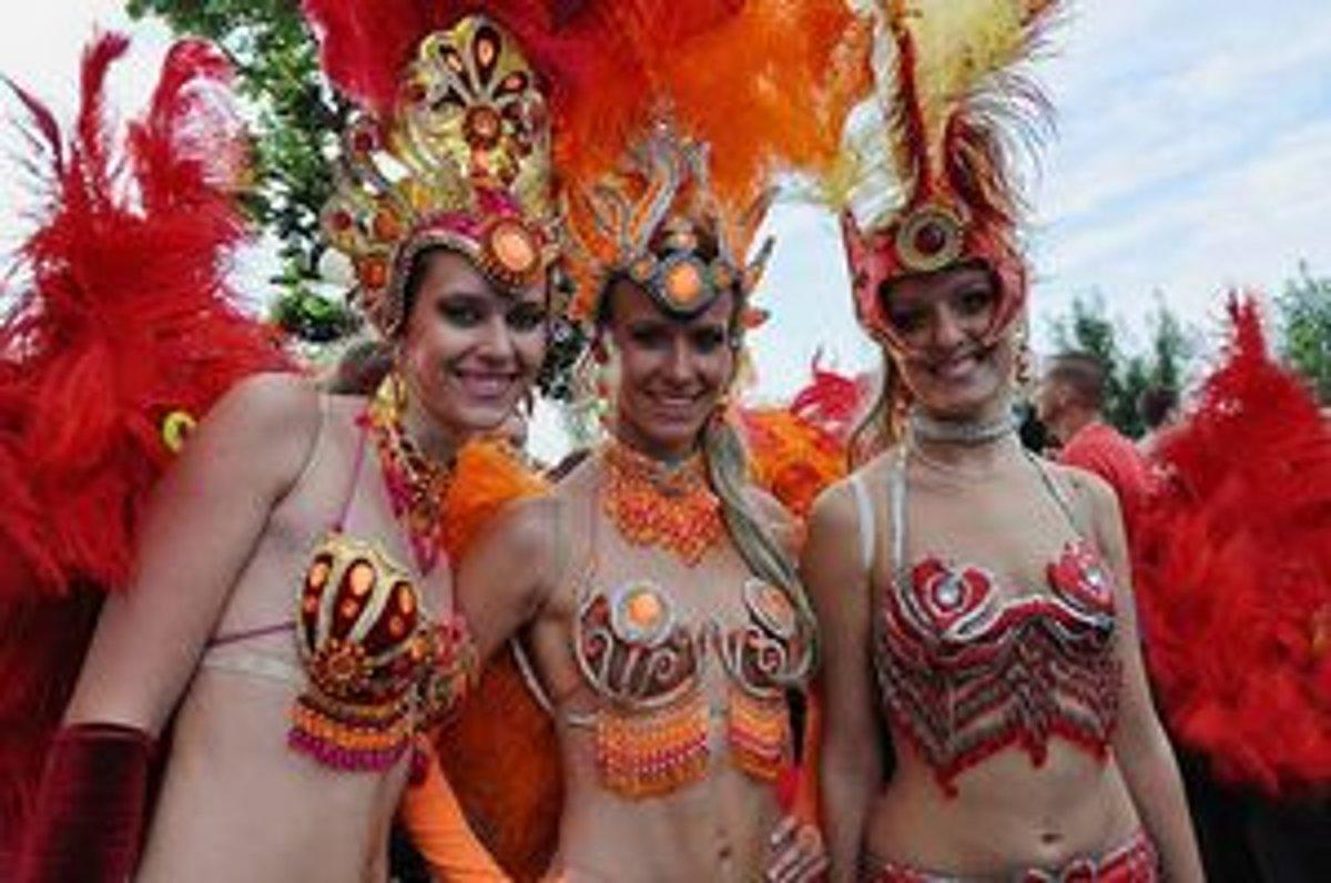 Aj takéto krásavice sa predviedli vlani počas seneckého karnevalu 90d048f6484