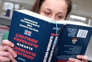 Angličtina bude povinná na školách od nového školského roku.
